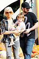 christina aguilera visits a pumpkin patch 30