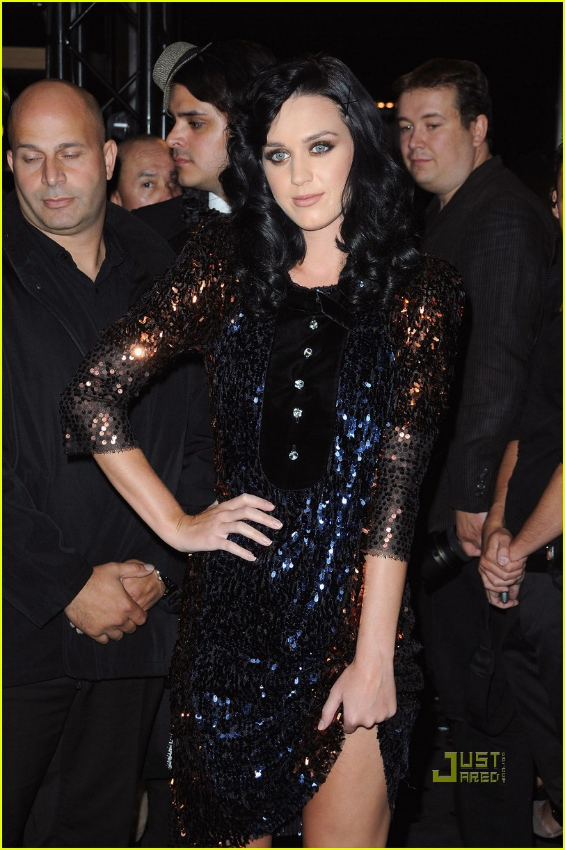katy perry castelbajac paris fashion week 152269152