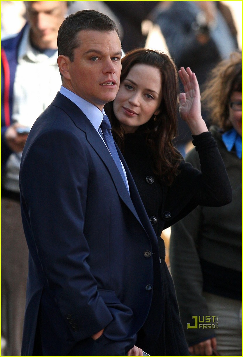 matt damon emily blunt adjustment bureau 04