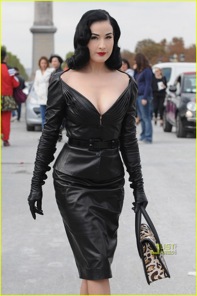 dita von teese domina leather dior 082259682