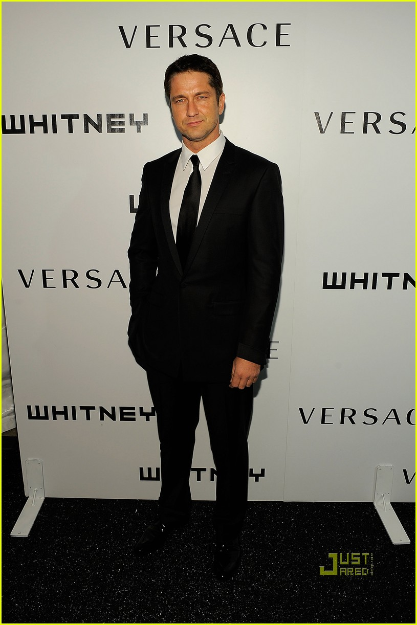 gerard butler whitney studio party 042298941