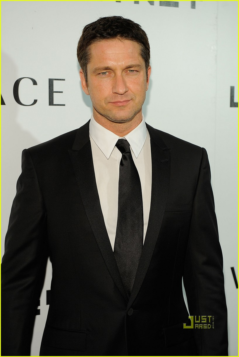 gerard butler whitney studio party 062298961