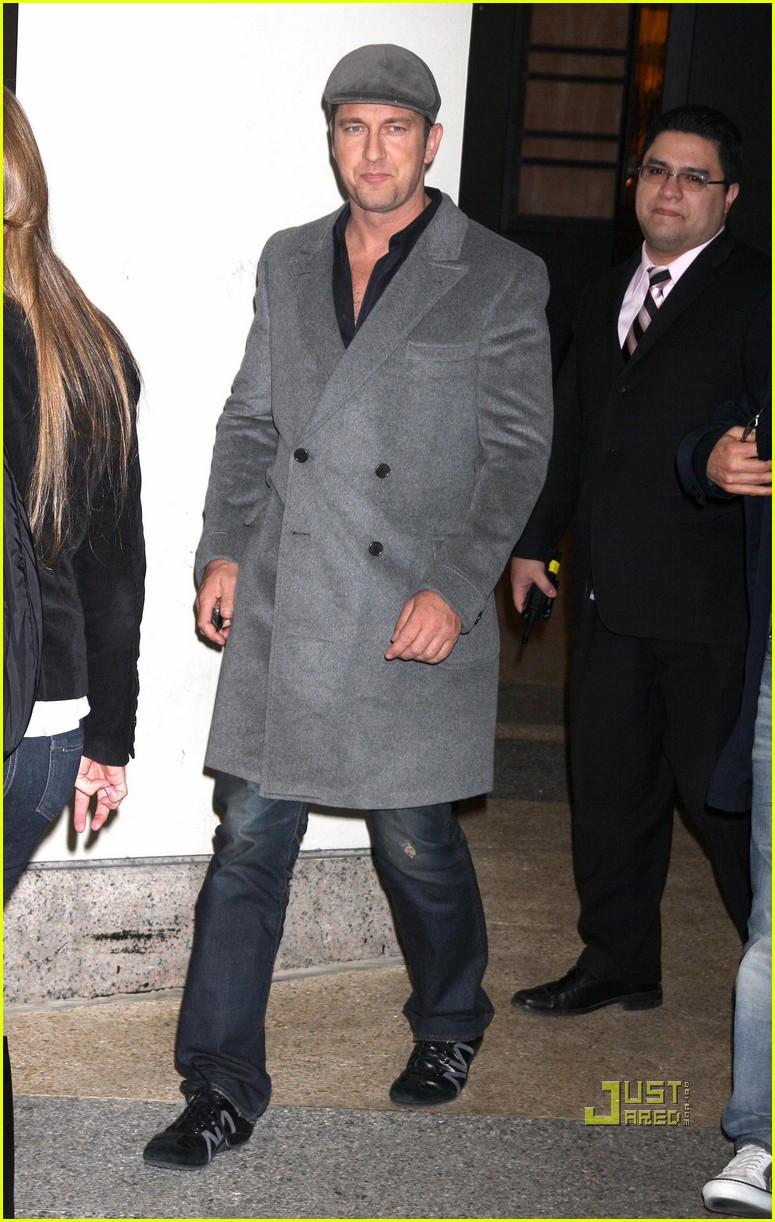 gerard butler whitney studio party 112299011