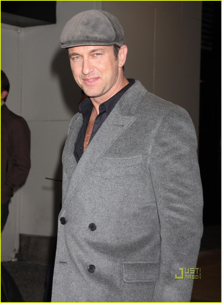 gerard butler whitney studio party 142299041