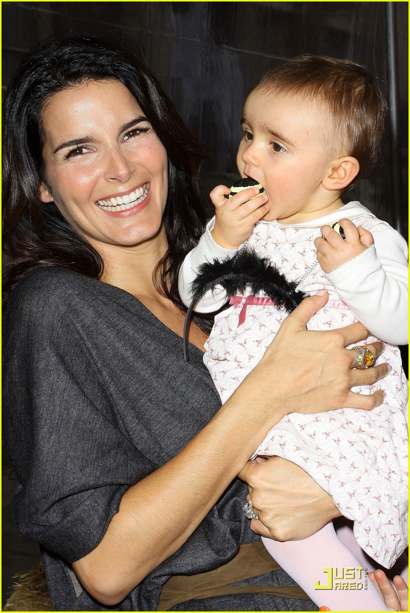 angie harmon celebrates chocolate milk 112285662