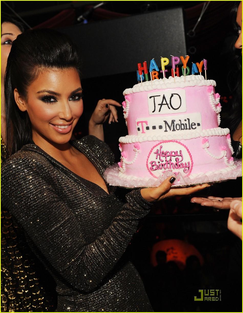 kim kardashian tao birthday party 022298481