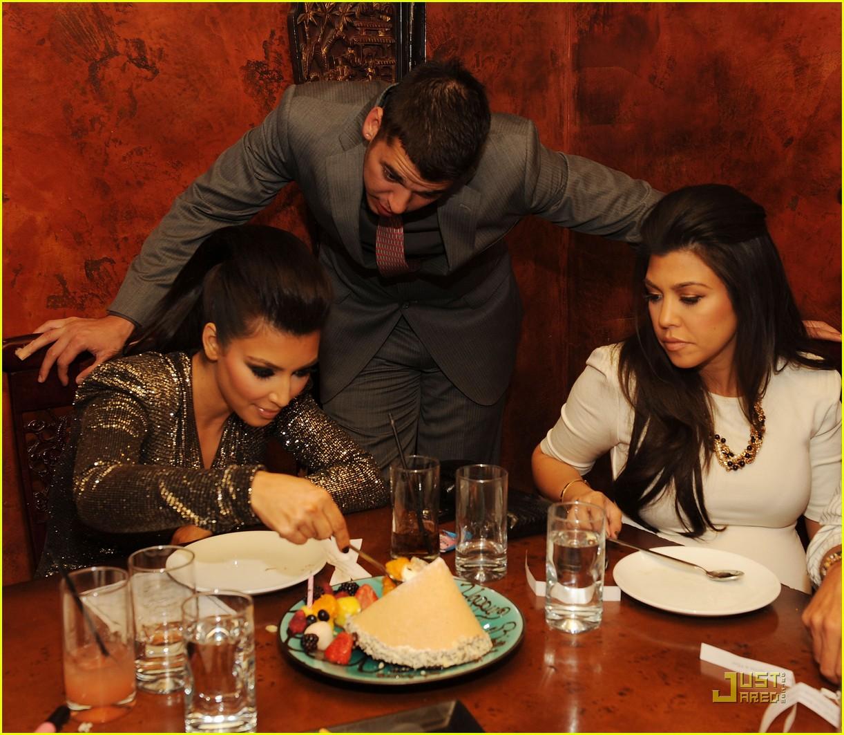 kim kardashian tao birthday party 122298581