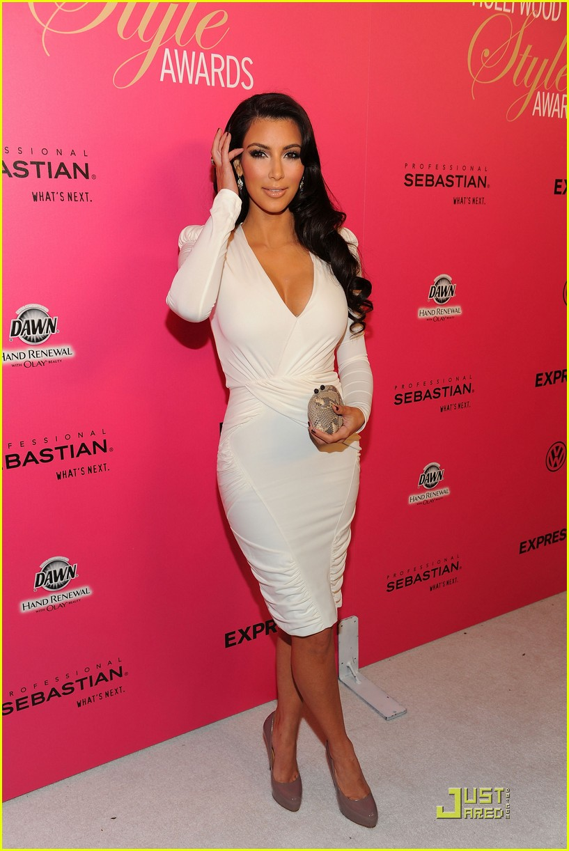 kim kardashian 2009 annual hollywood style awards 022280741