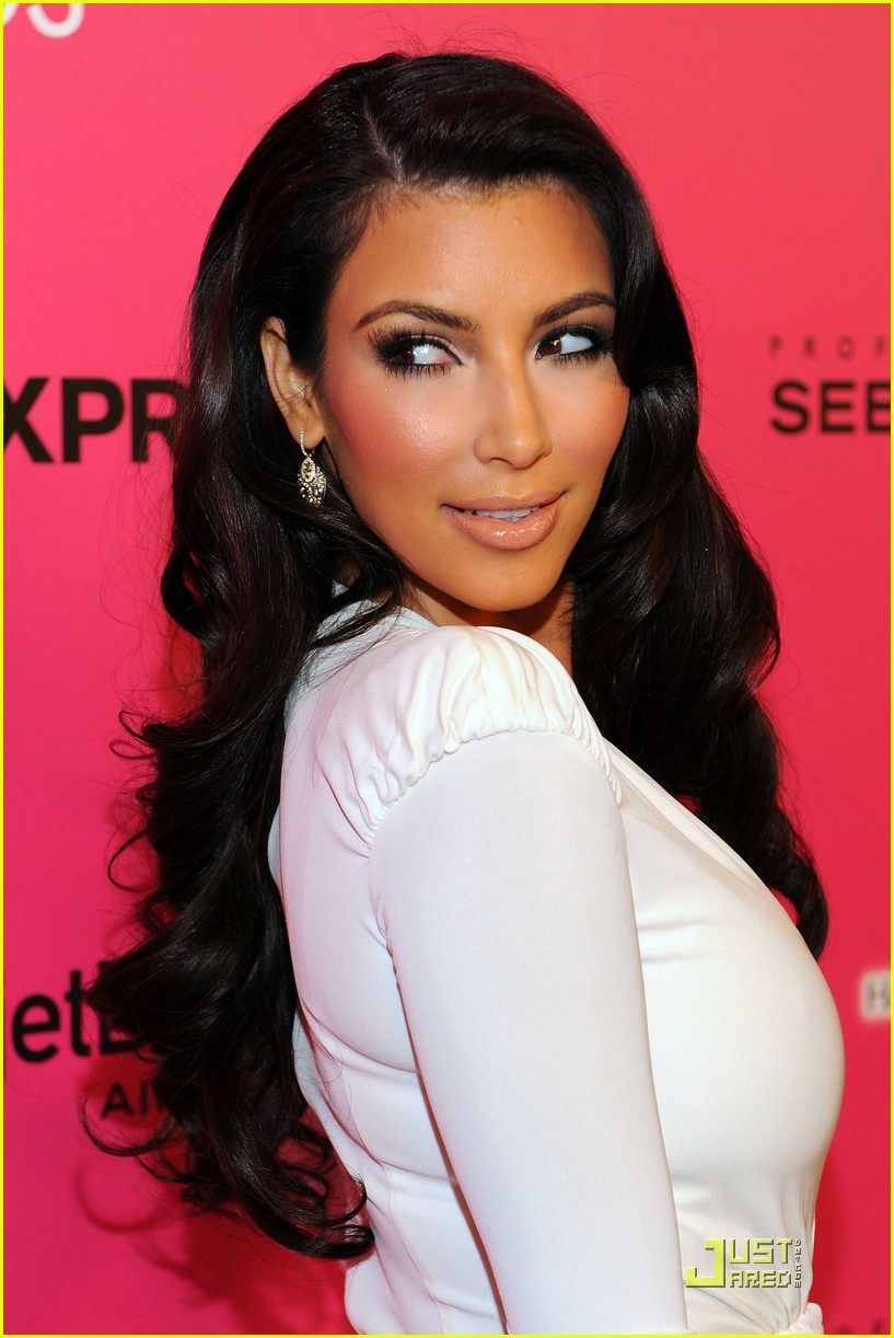kim kardashian 2009 annual hollywood style awards 032280751