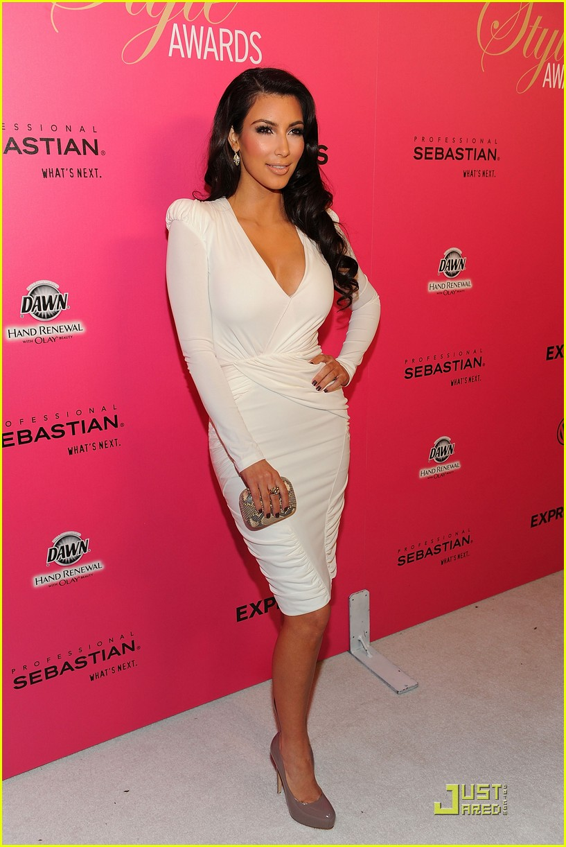 kim kardashian 2009 annual hollywood style awards 04