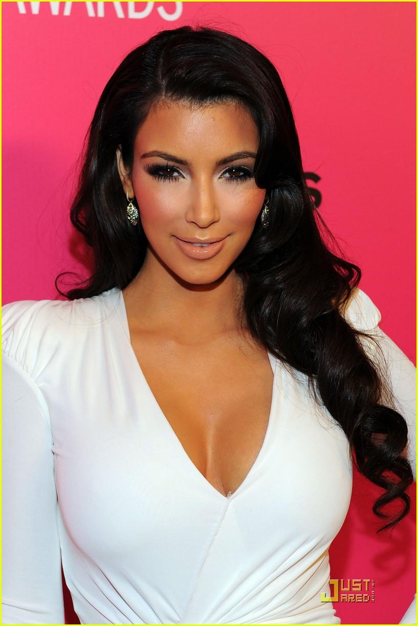 kim kardashian 2009 annual hollywood style awards 052280771