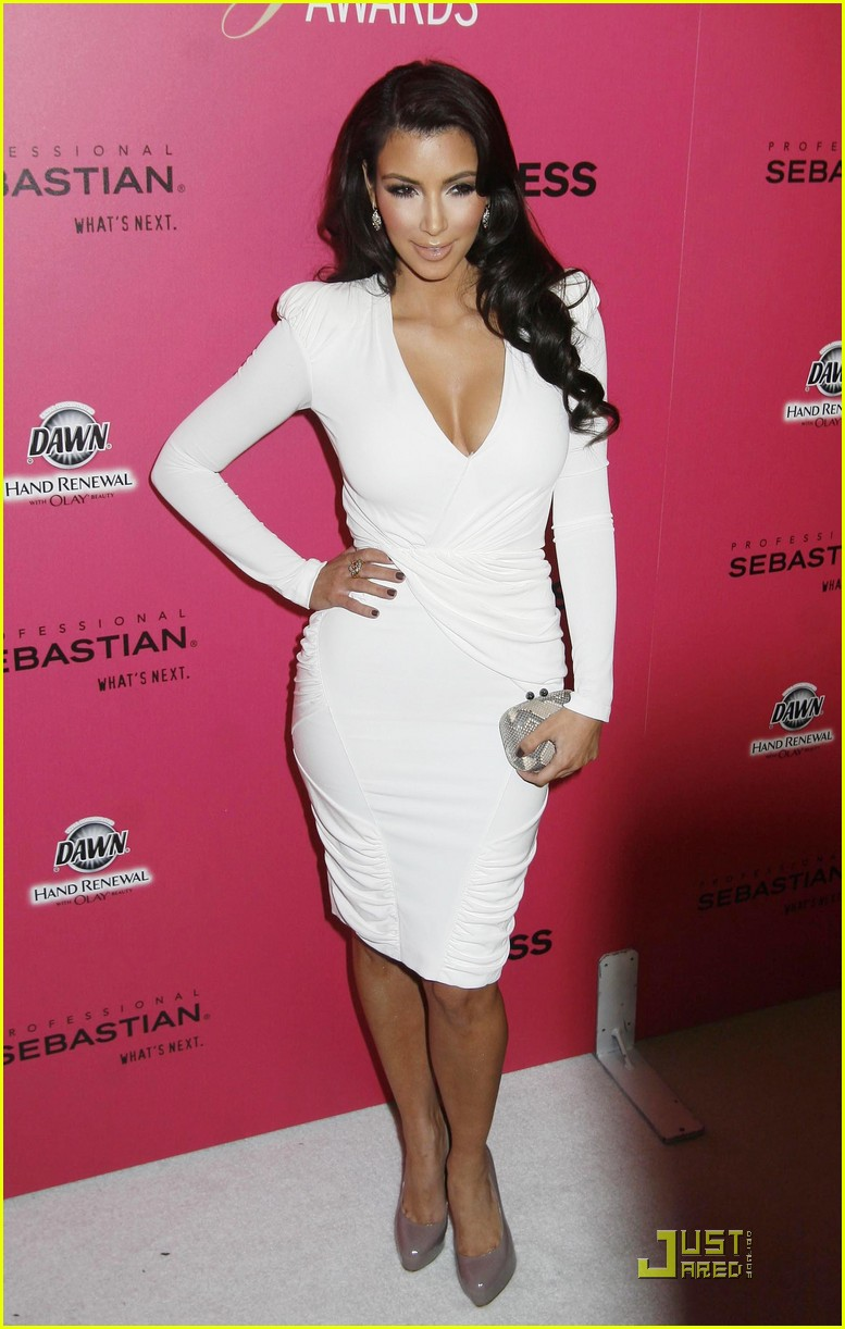 kim kardashian 2009 annual hollywood style awards 07