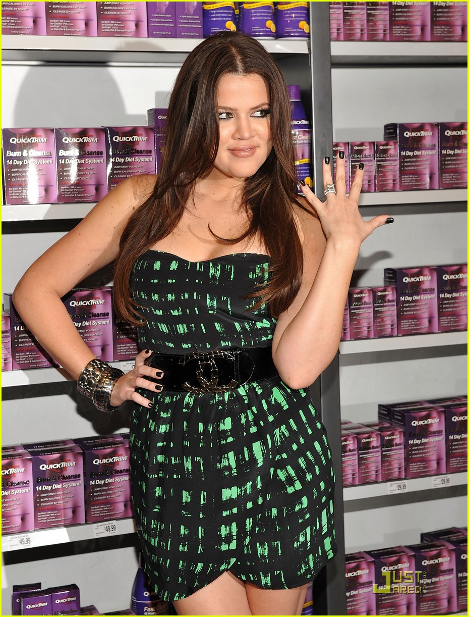 kim khloe kardashian queens of quicktrim 032290291