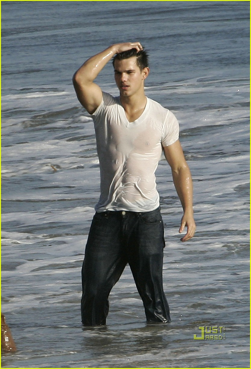 taylor lautner rolling stone photo shoot 202275912