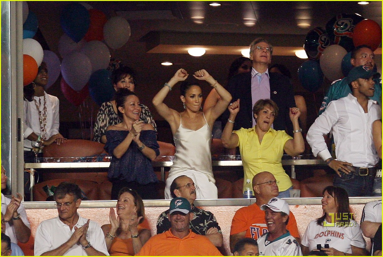 jennifer lopez touchdown 02