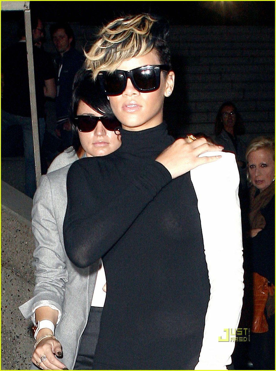 rihanna martin margiela paris fashion week 082261432