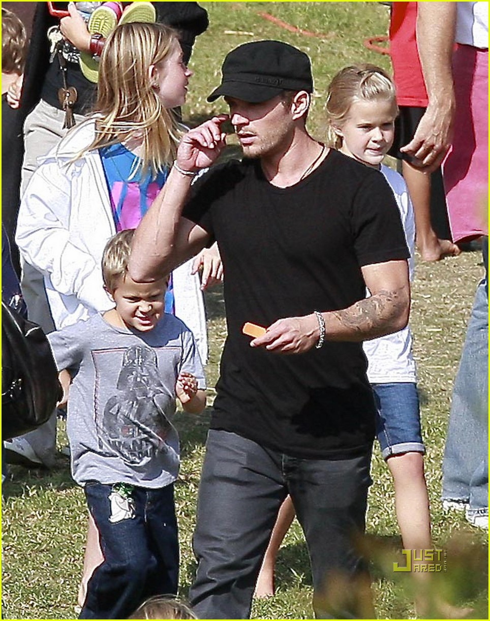 ryan phillippe abbie cornish harvest festival 112281662