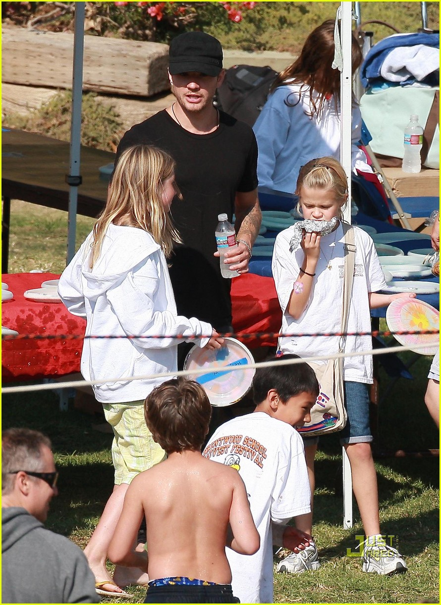 ryan phillippe abbie cornish harvest festival 152281702