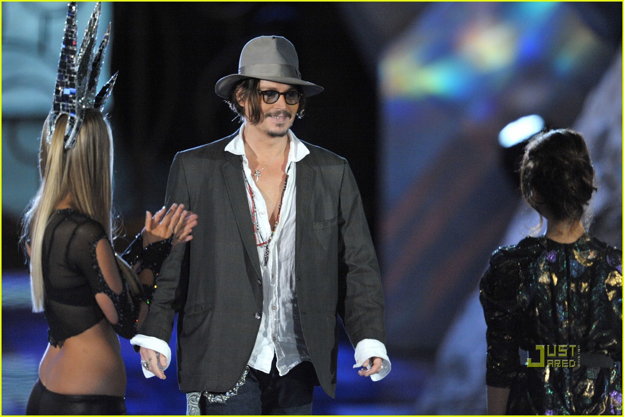 johnny depp keith richards rock immortal scream awards 17