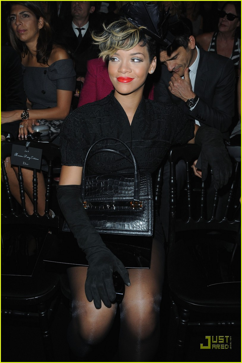 rihanna vivienne westwood paris fashion week 062259851
