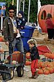 kingston zuma rossdale pick pumpkins 14