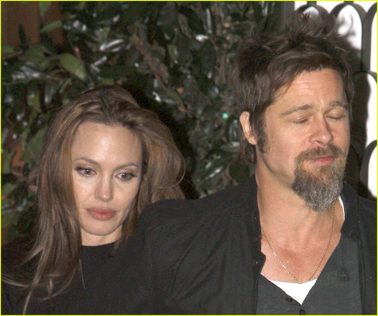 brad pitt angelina jolie half the sky 06
