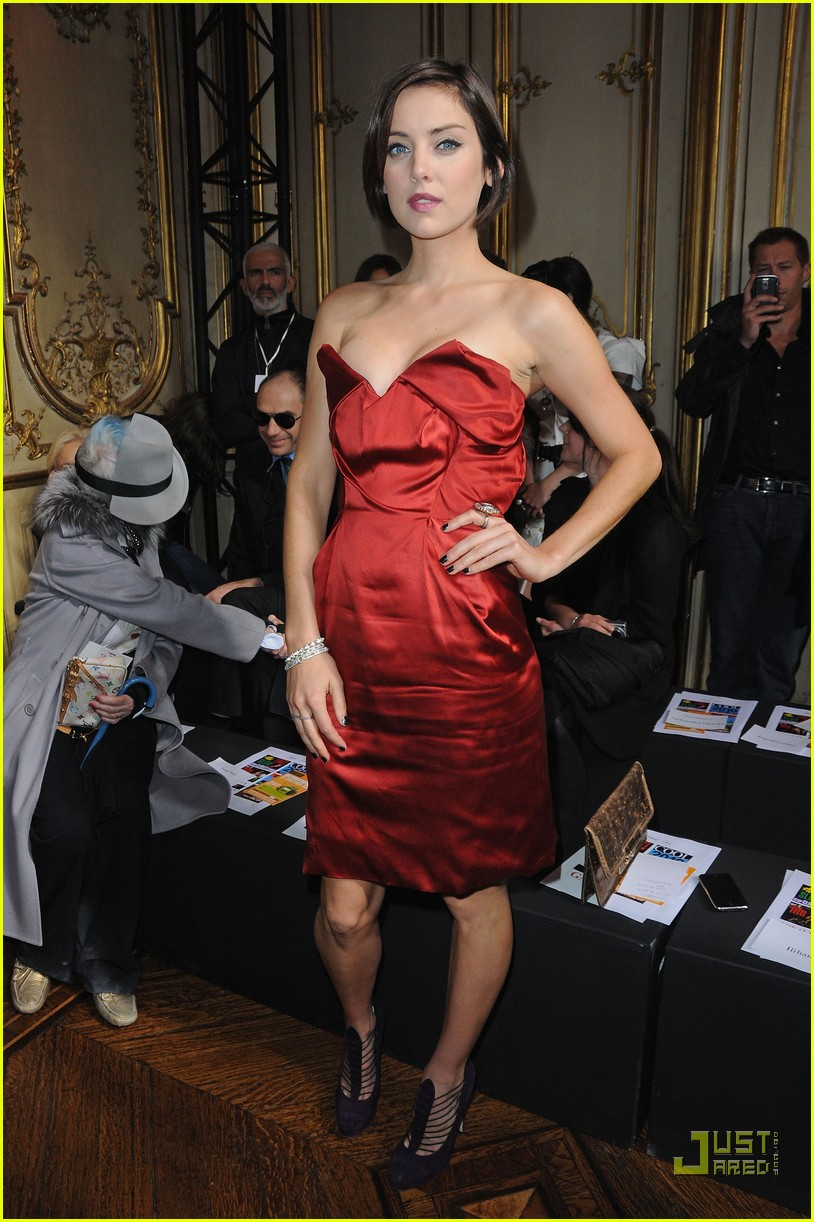 jessica stroup paris fashion week 13