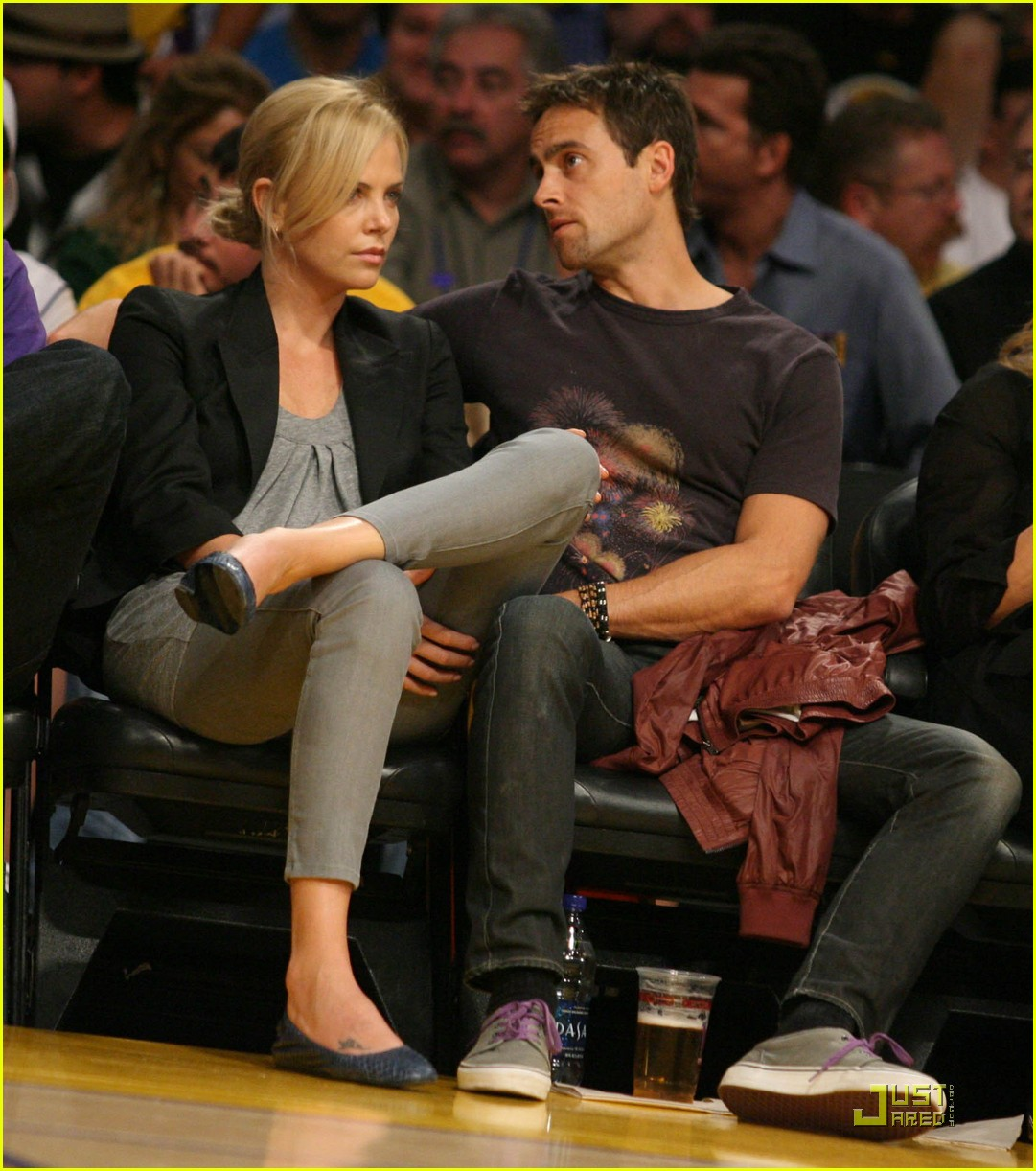 charlize theron stuart townsend love the lakers 022319641