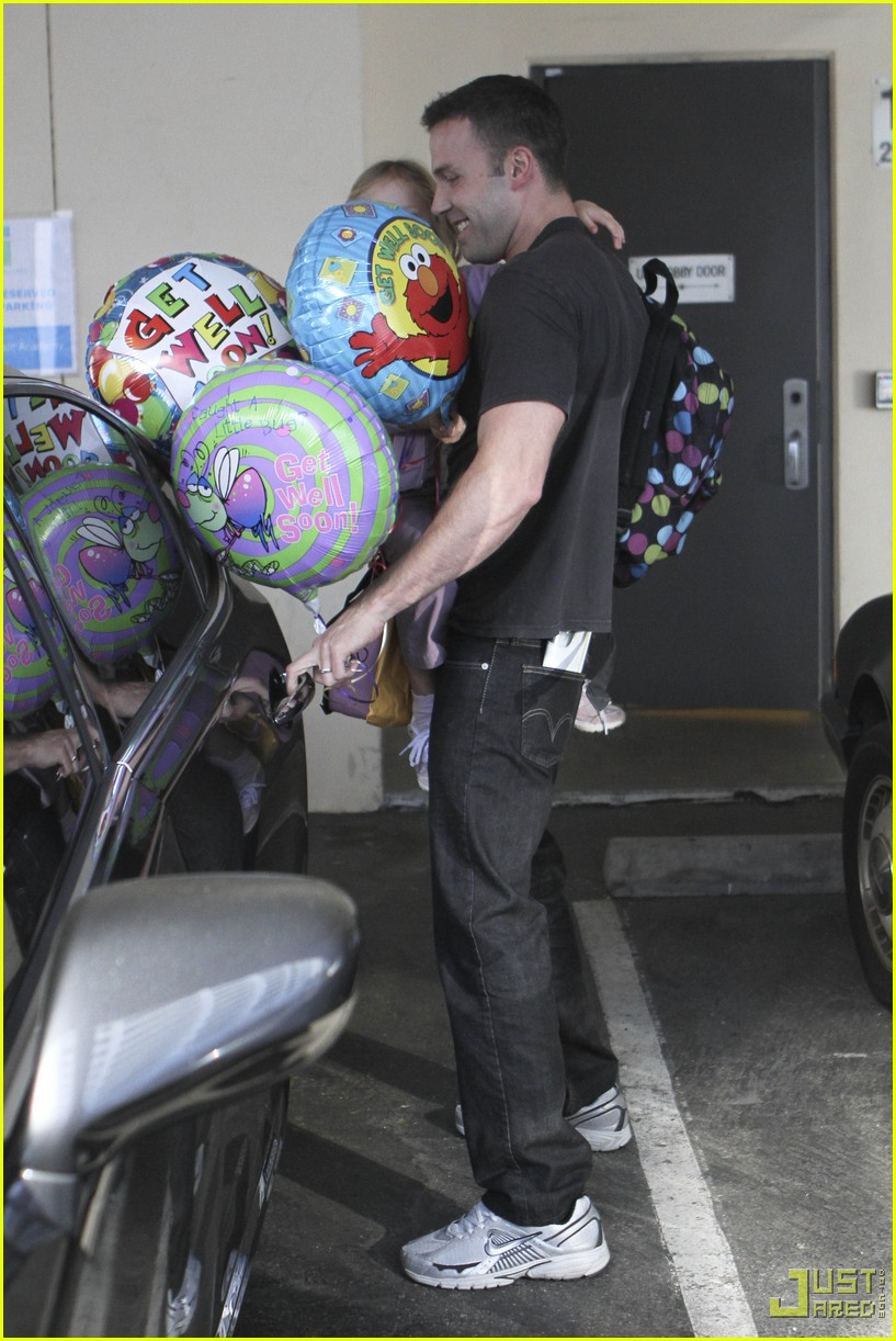 ben affleck violet balloons 11