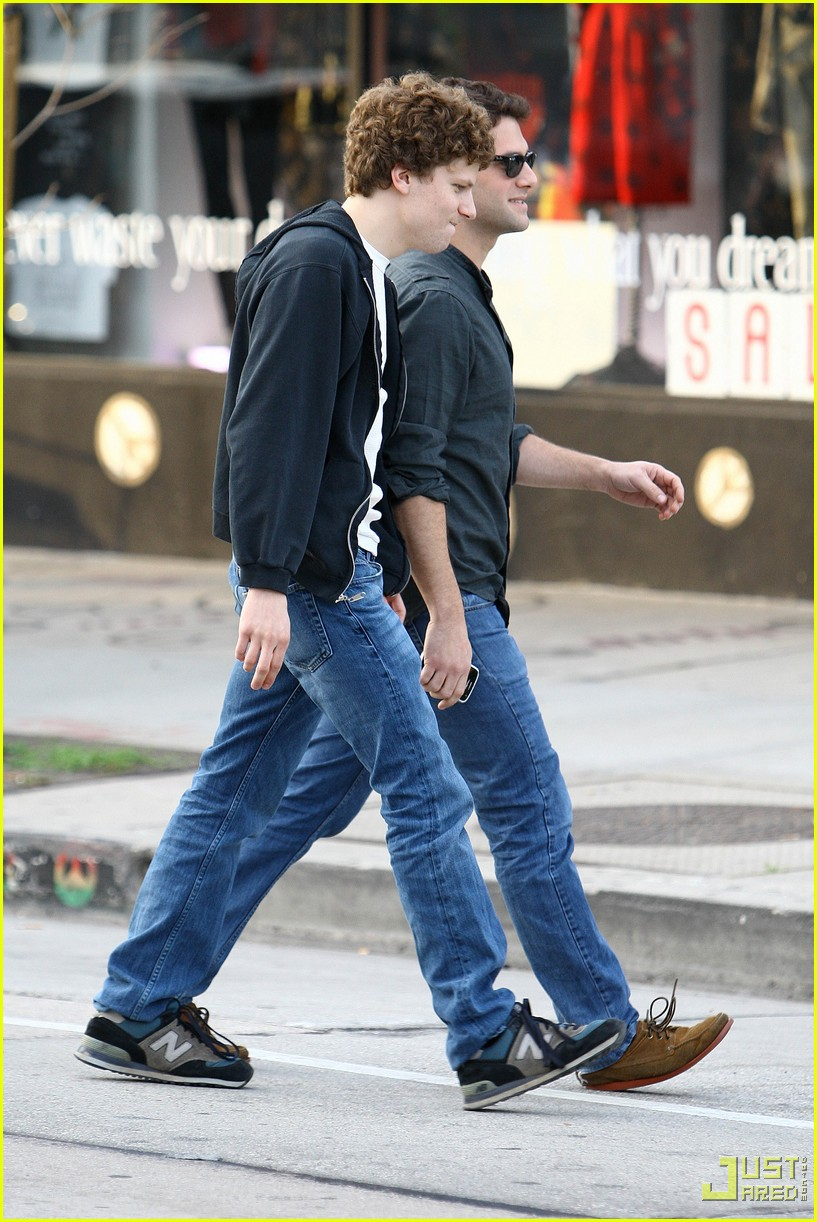 jesse eisenberg justin bartha lunch 072339102
