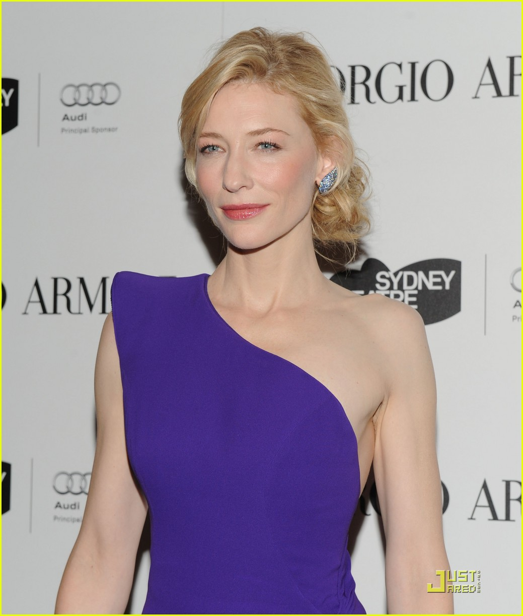 cate blanchett welcomes the sydney theatre company 042380681