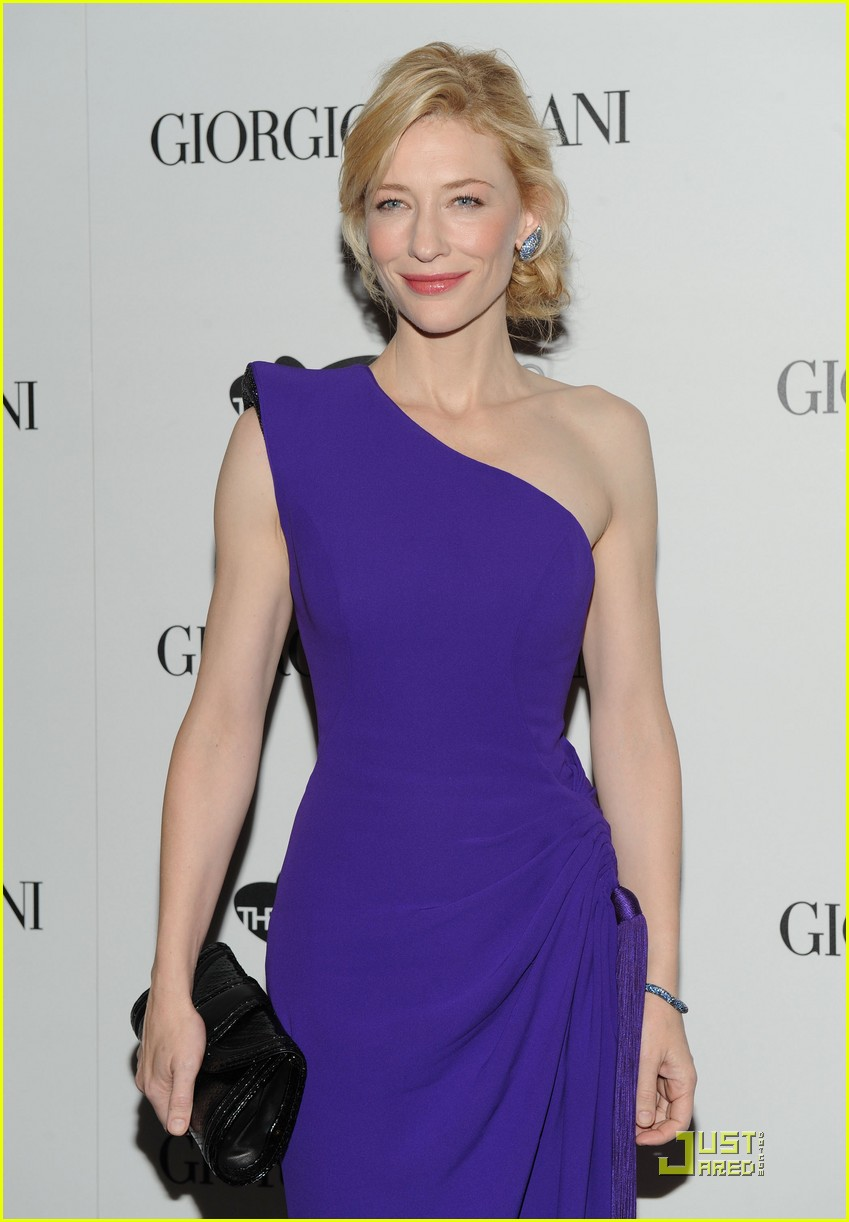 cate blanchett welcomes the sydney theatre company 122380761