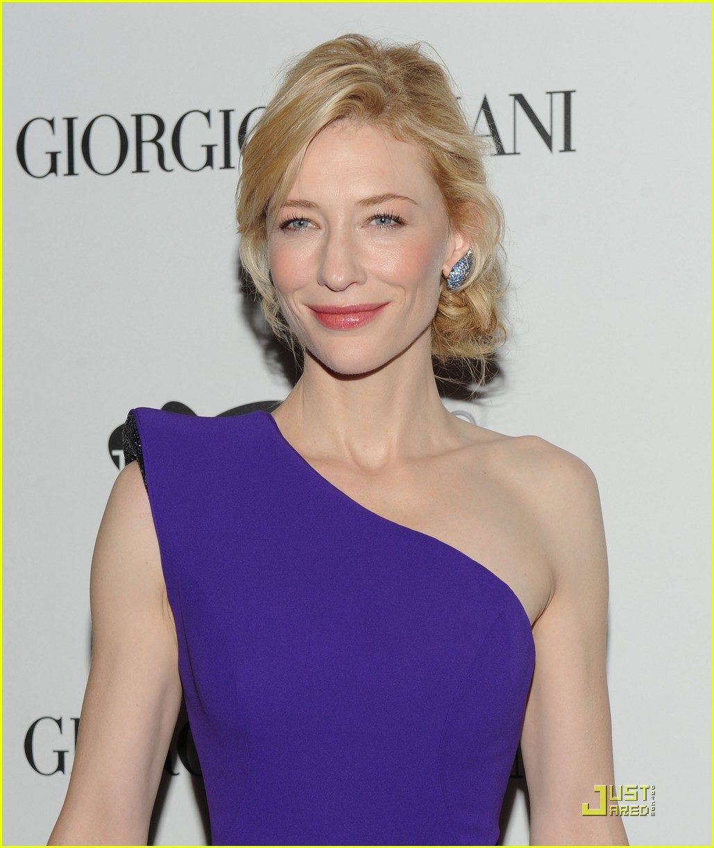 cate blanchett welcomes the sydney theatre company 152380791