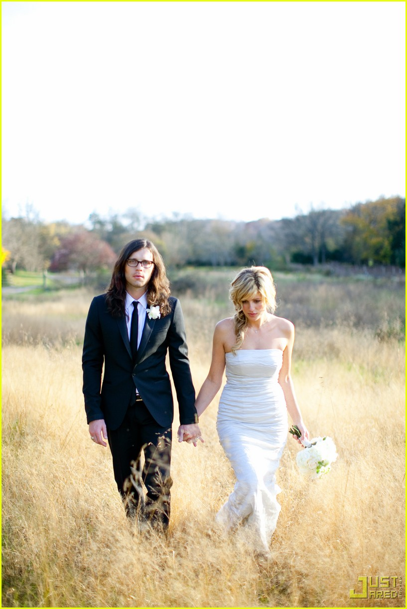 nathan followill jessie baylin wedding pictures 012372171