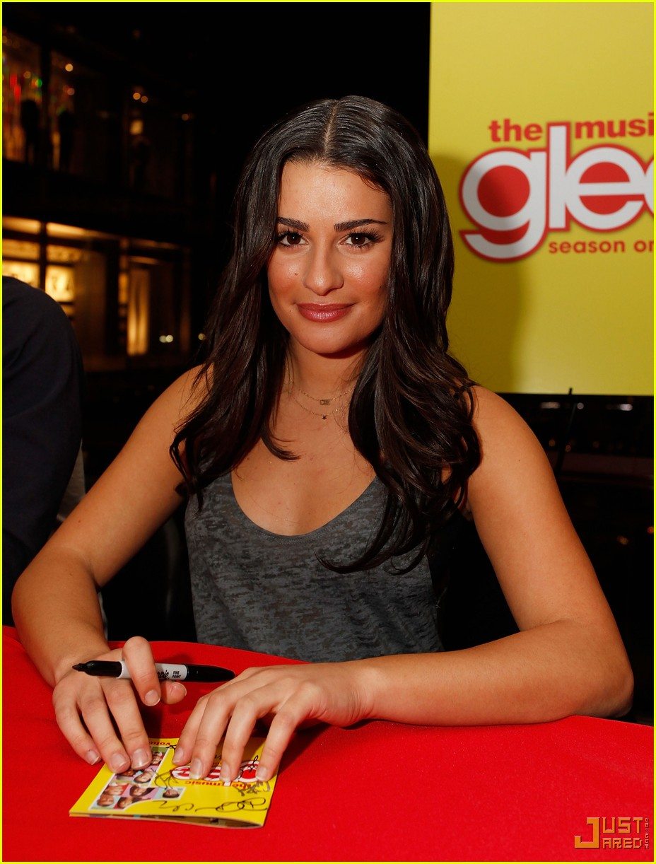 glee cast autograph signings 102337402