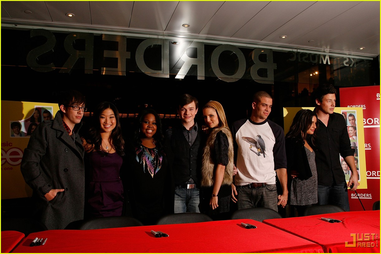 glee cast autograph signings 242337542