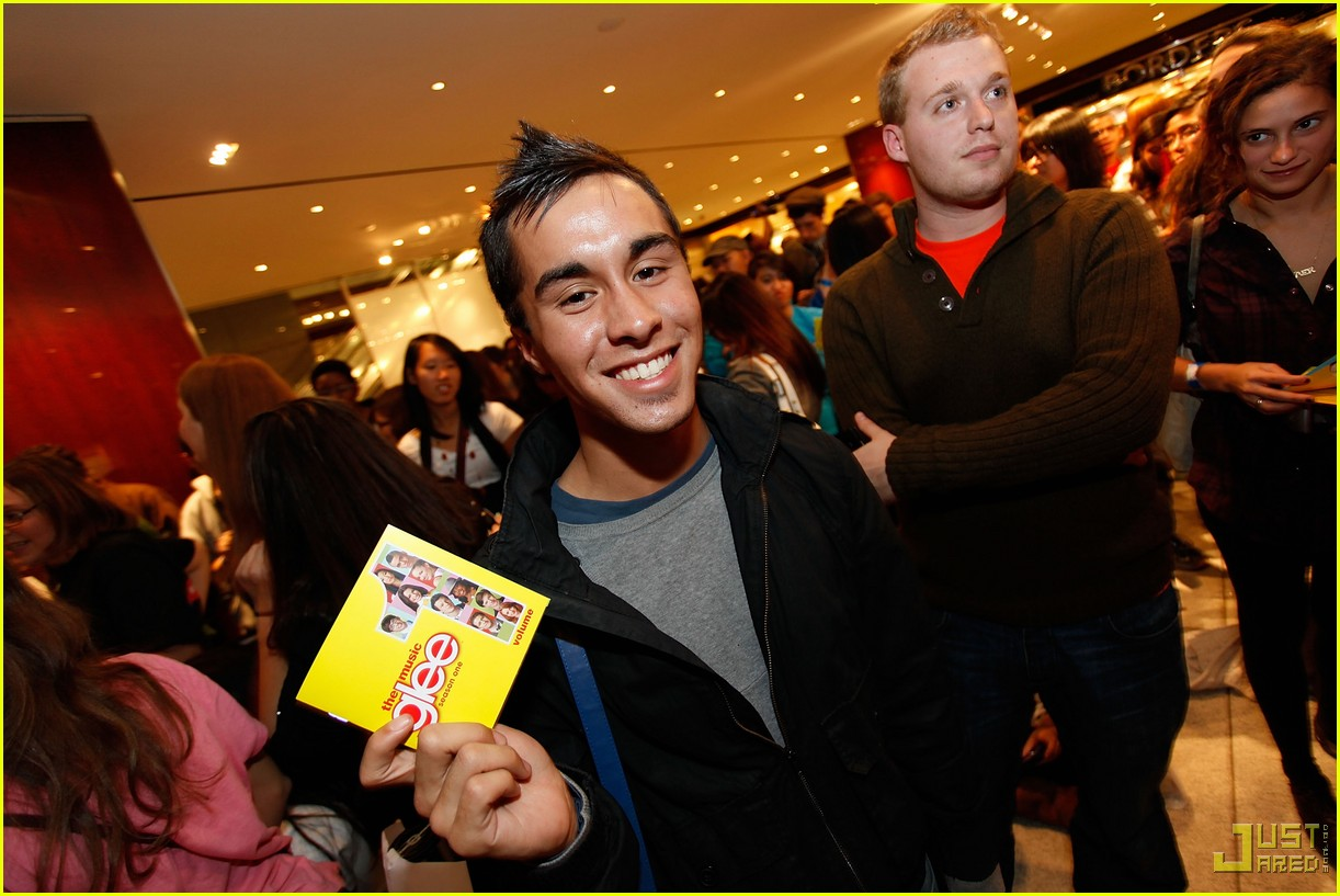 glee cast autograph signings 382337682
