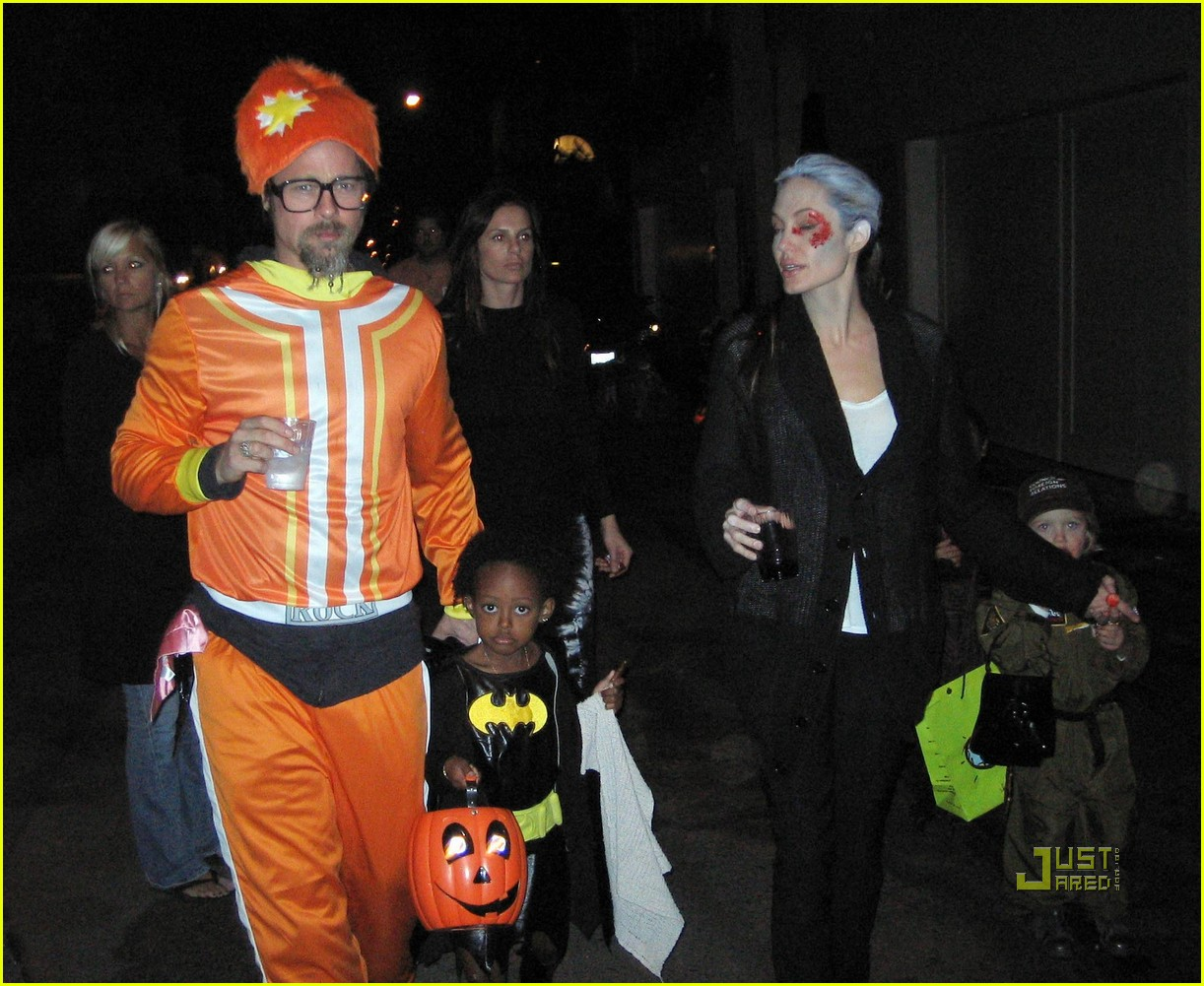 angelina jolie trick of treating 06