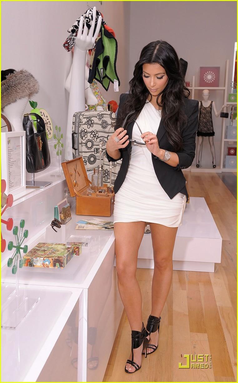 kim kardashian is excited about ebay 152370291