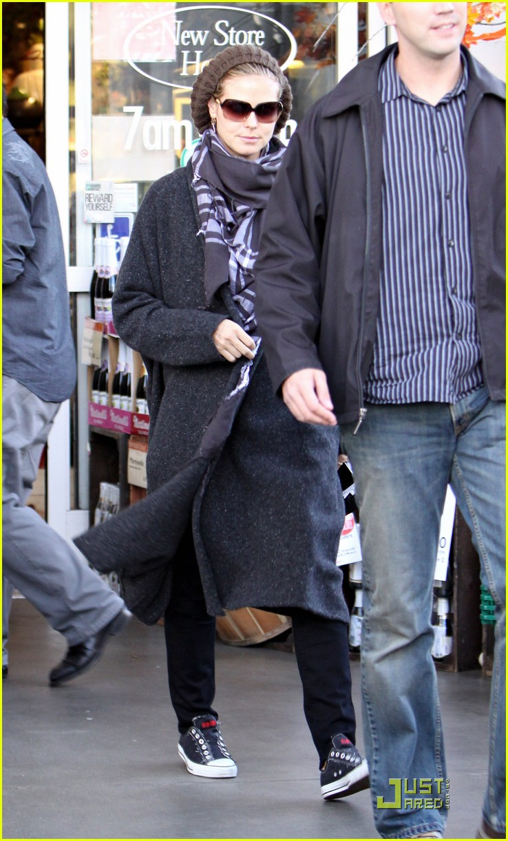 heidi klum is a savvy shopper 042389082
