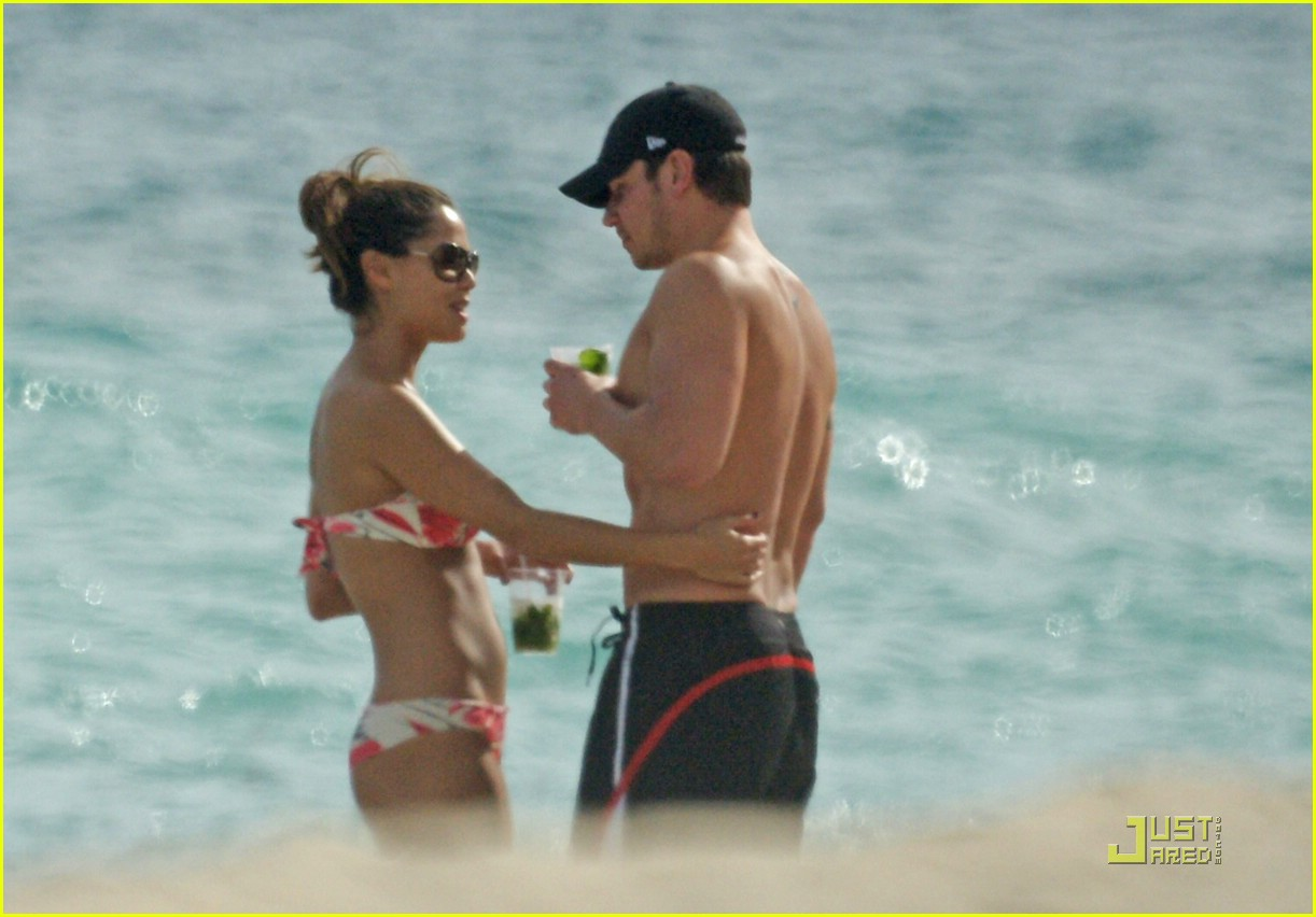 nick lachey vanessa minnillo miami thanksgiving 062384962