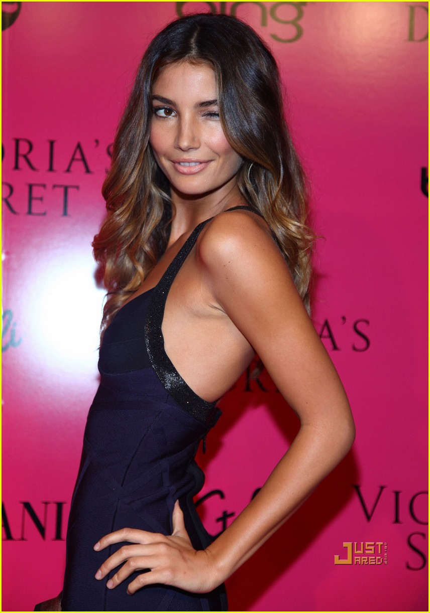lily aldridge caleb followill pink carpet 052372651