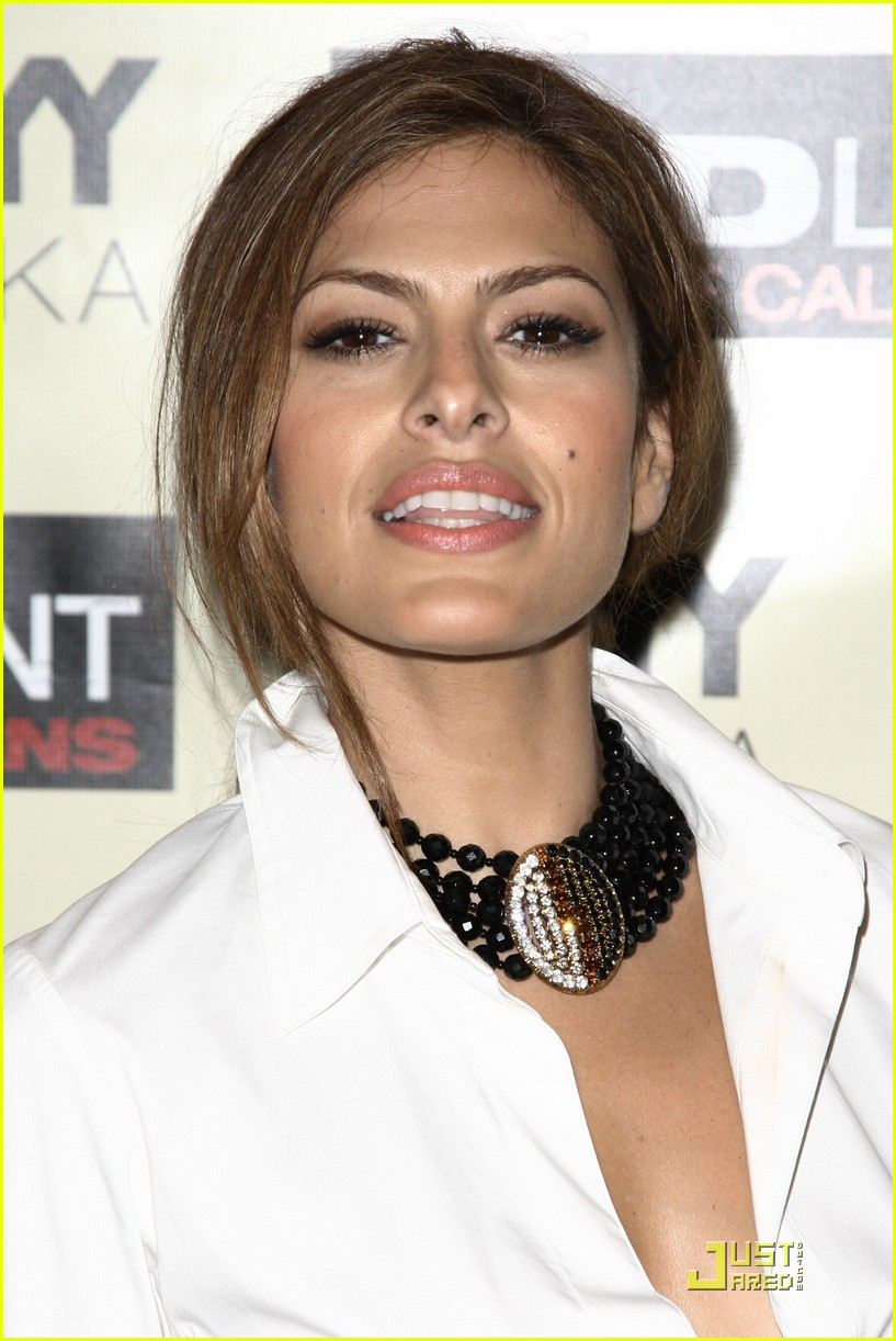 eva mendes loves the bad lieutenant 012344161