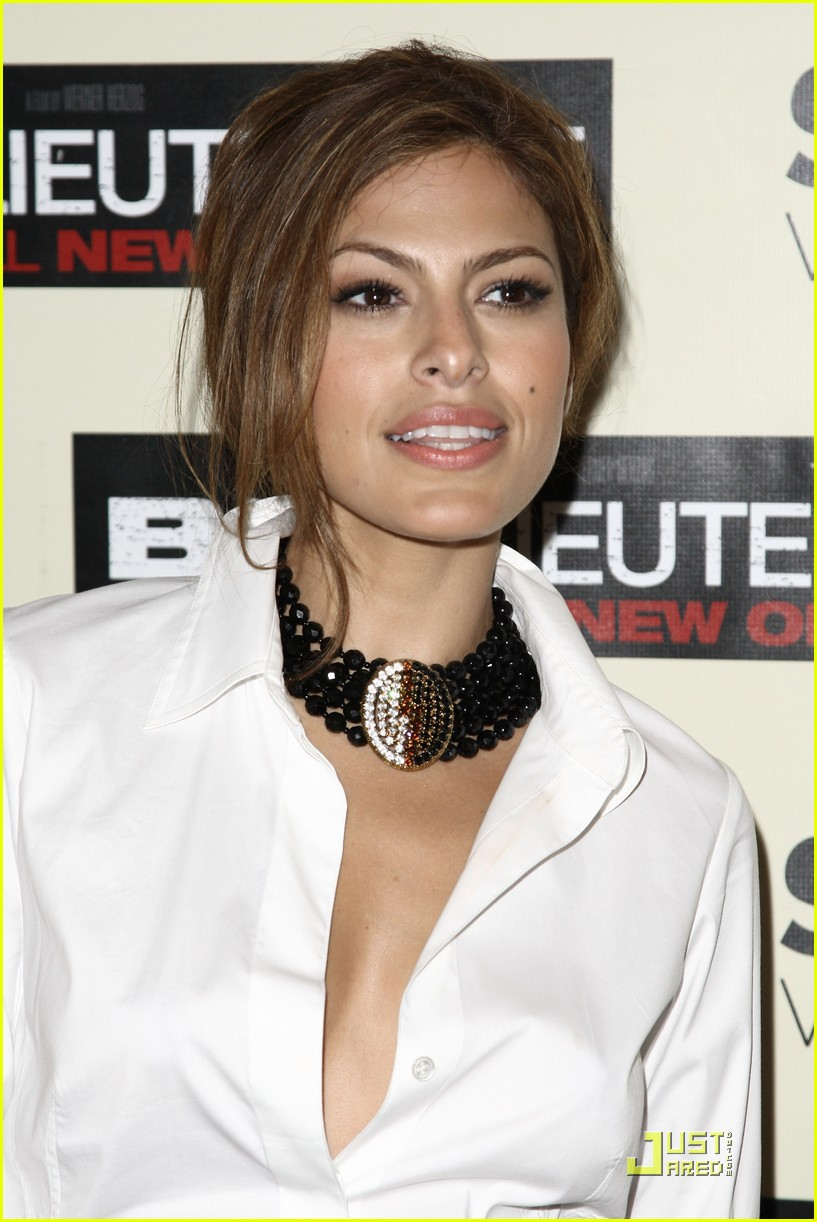 eva mendes loves the bad lieutenant 132344281