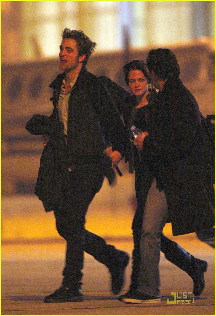 robert pattinson kristen stewart keep close 03