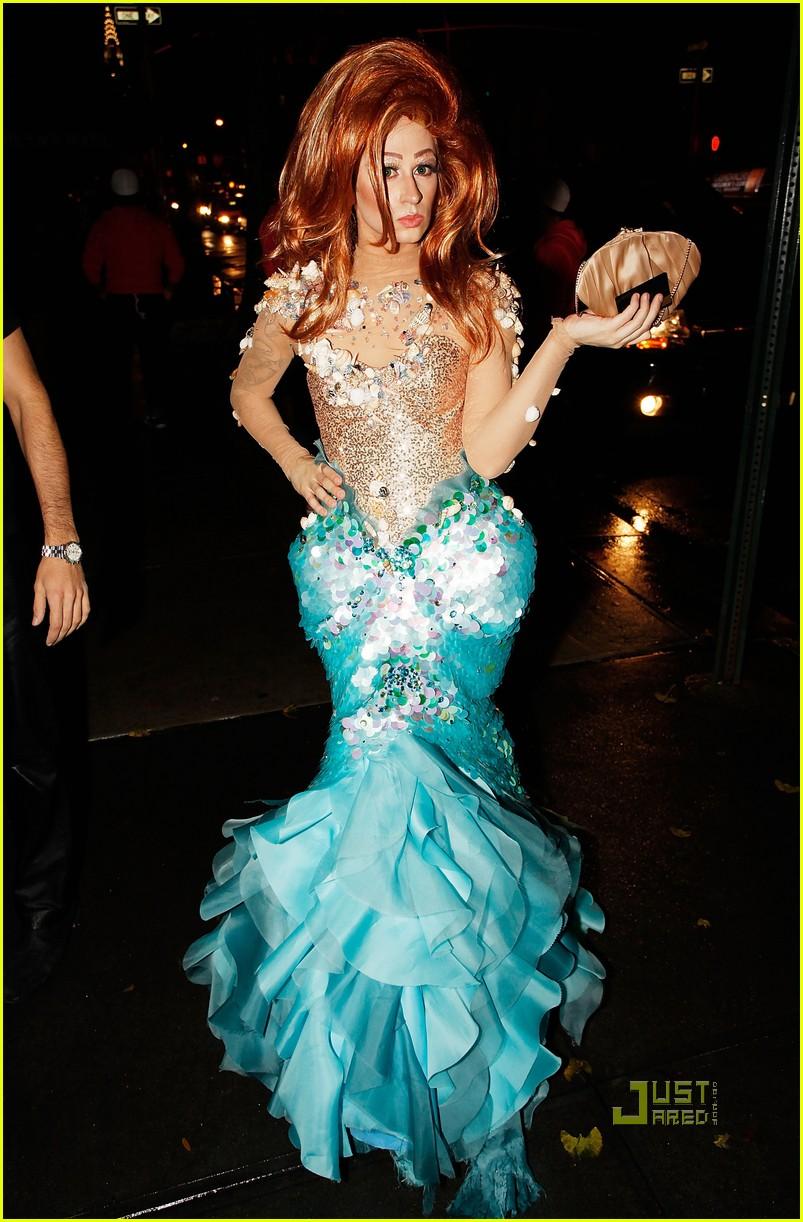 plus size little mermaid costume christian siriano is the little mermaids ariel photo 2330821 plus size little mermaid costume