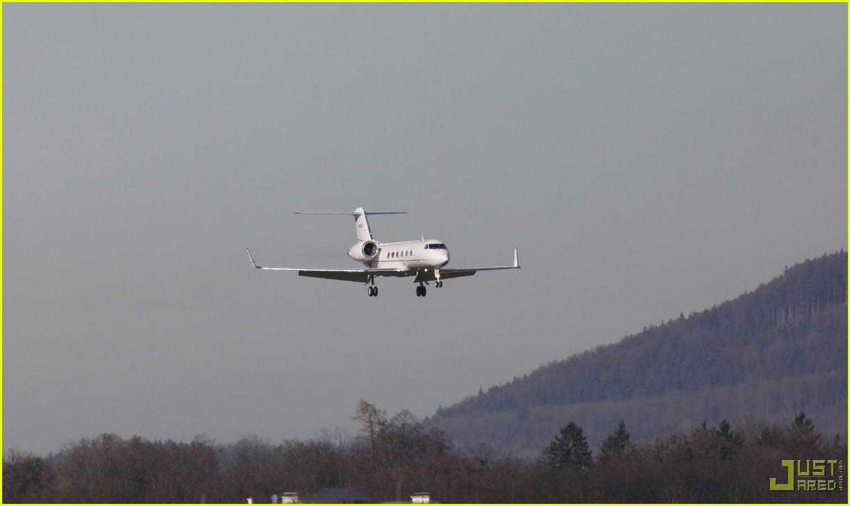 tom cruise salzburg airport 112368591