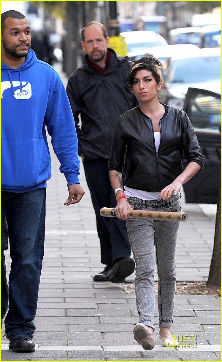 amy winehouse is ready to wrap 152382841
