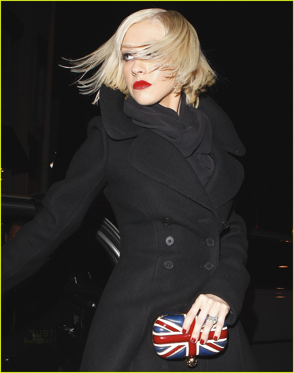 christina aguilera cecconis birthday bash 01