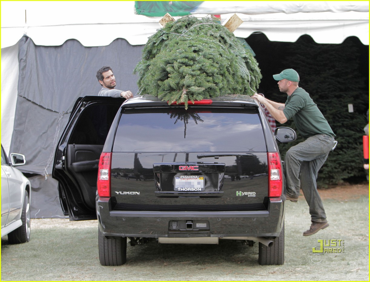 jessica alba christmas tree shopping 192400053